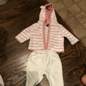 Baby Gap 0-3 months sweater and matching pants